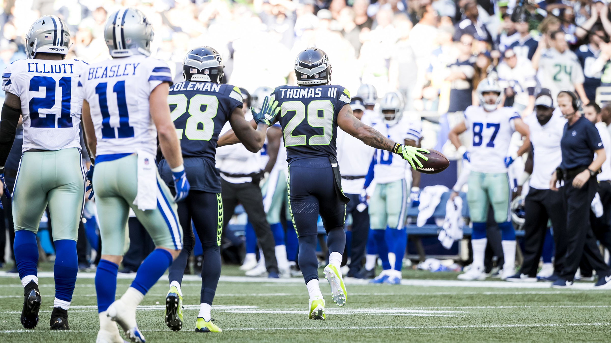 6988fd05794 Remembering E.T.: The top plays of Earl Thomas' Seahawks career